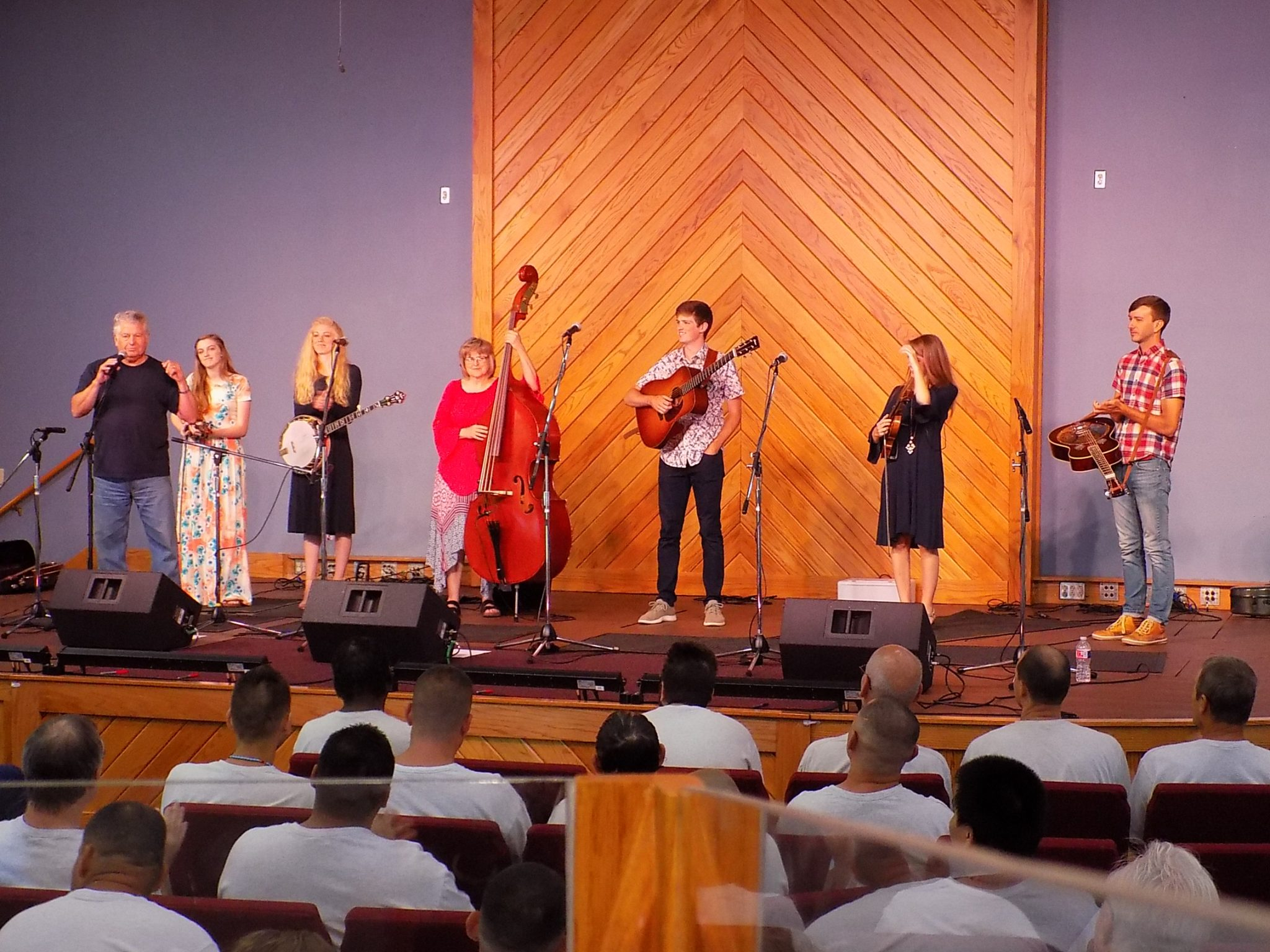 The Petersens Perform at Ellsworth Correctional Facility